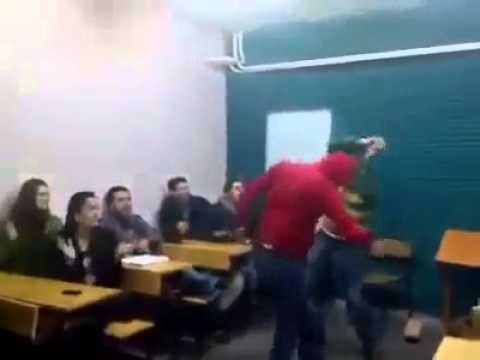 Mardin kapisindan atlayamadim -Turkish Song - in the classroom