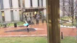 PEOPLE SLIPPING ON ICE