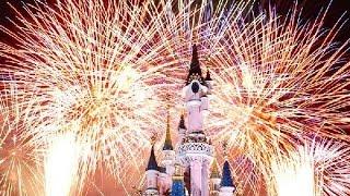 spectacle feux d artifice disneyland Paris