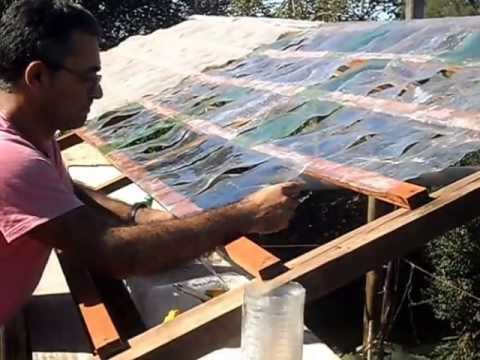 Invern culo con botellas de pl stico youtube for Caseta de pvc para jardin