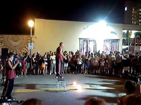Street Artists Performing in Virginia Beach