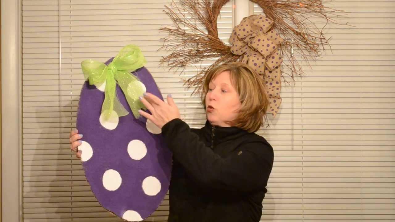 sc 1 st  YouTube & Easy Easter Burlap Door Hanger - YouTube