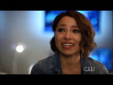 The Flash 5x04 Nora tells Iris why she's Angry at her