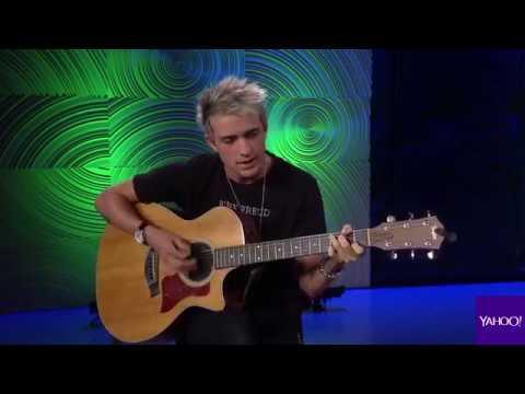 """Dalton Rapattoni performs """"Somewhere in America"""" & """"Open Book"""" + Interview"""
