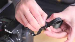 Cách gắn dây đeo vào một chiếc máy ảnh đúng và đẹp, How to attach your camera strap