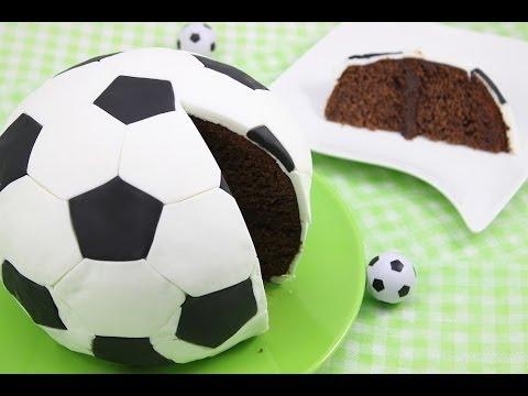 Fußball-WM / Fußball-Kuchen/ Fußball-Torte/ Soccer Cake/ Football Cake (Orangen-Schoko-Kuchen)