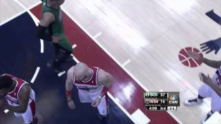 Wizards center Marcin Gortat joins Celtics huddle