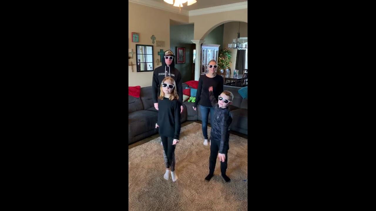 Lillie Family Dance Challenge - YouTube