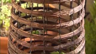 The Garden Gurus - Obelisk