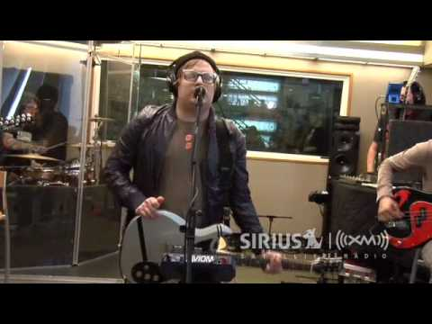 Fall Out Boy Performs Sugar Were Goin Down on SiriusXMs Artist Confidential