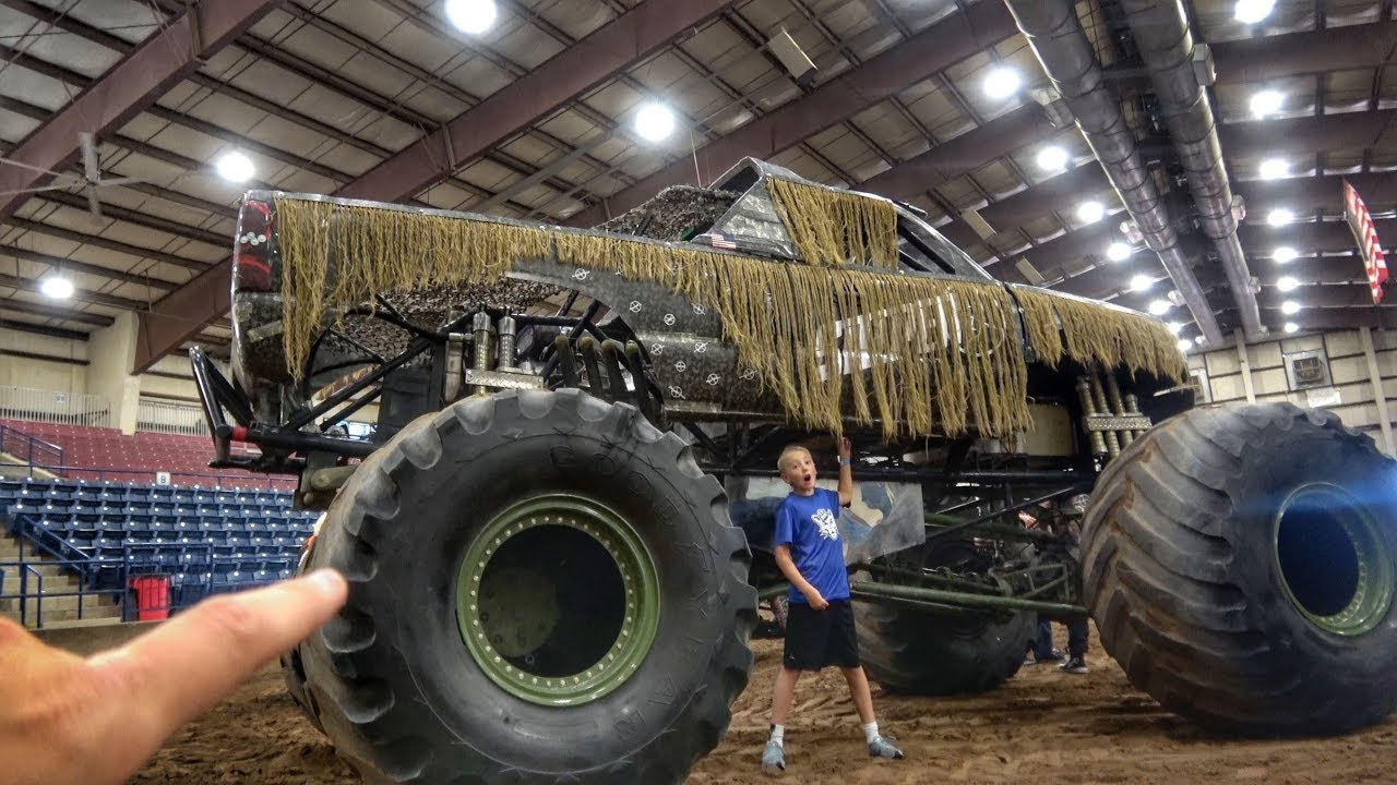 World S First Hand Controlled Giant Monster Truck Youtube