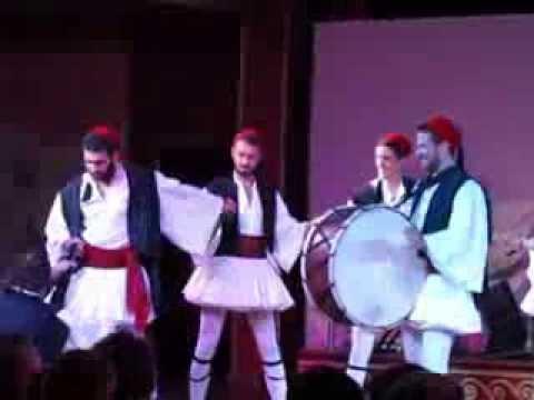 Танец мужики в юбках