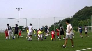 2015年8月2日(日)、本学の人工芝サッカー場にて、かがわコミュニティ...