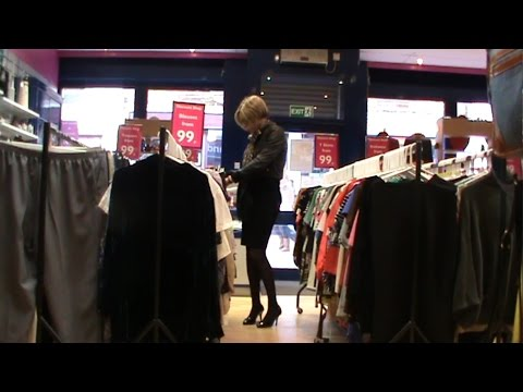 Shopping Parade  (Transvestite / Crossdresser)