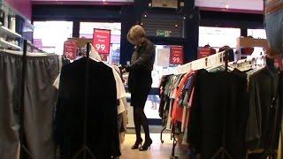 Shopping Parade  (Transvestite / Crossdresser)