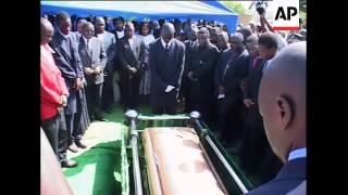 Video Funeral ceremony for PM's wife, Tsvangirai, coffin, Biti sot download MP3, 3GP, MP4, WEBM, AVI, FLV Oktober 2018