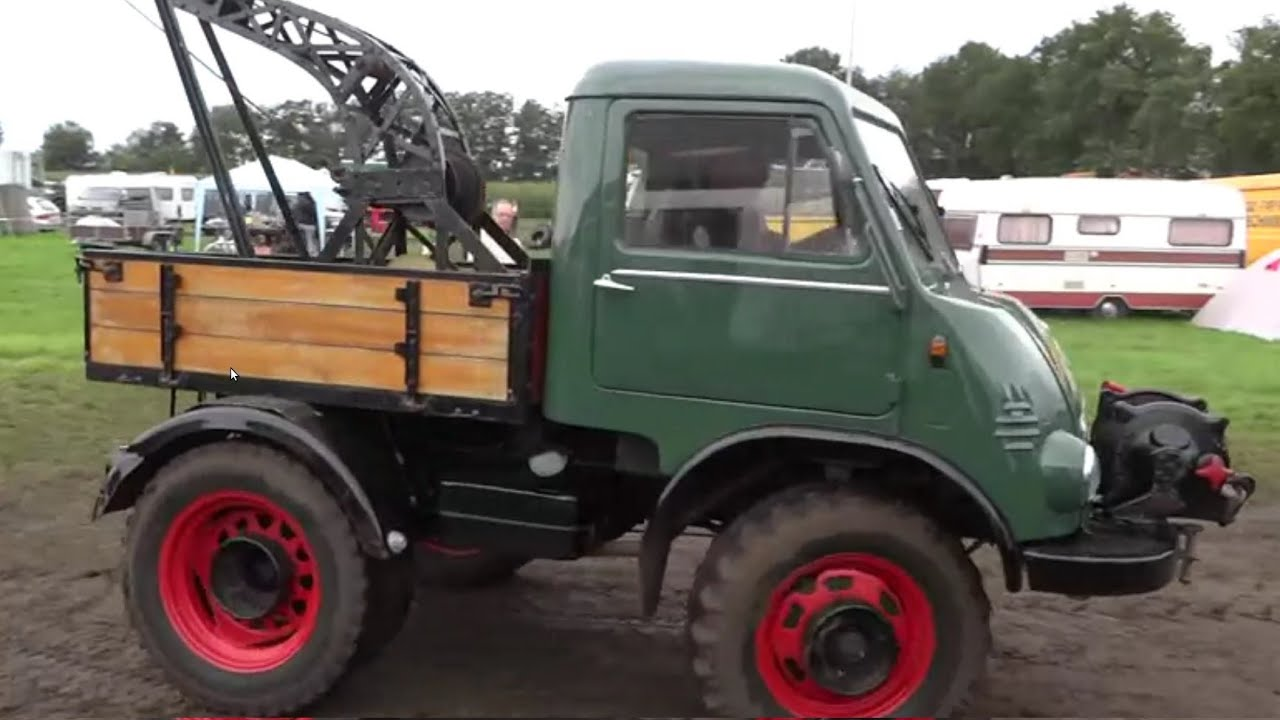 cute little unimog 411 with huge winch youtube. Black Bedroom Furniture Sets. Home Design Ideas