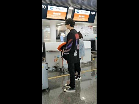 迪玛希Dimash, [20200110] At Ningbo Airport(From Ningbo To Taiyuan )