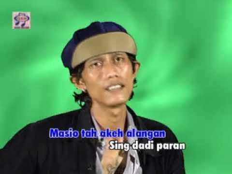Catur Arum feat Neno - Janur Melengkung
