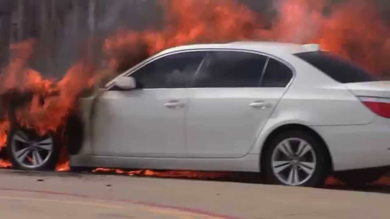 Car On Fire A Bmw In Dallas Tx Fiesta Property Jupiter Rd Near Garland You