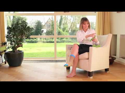 Learn how to put on your support stockings with Steve Glide Dolphin | Instructions