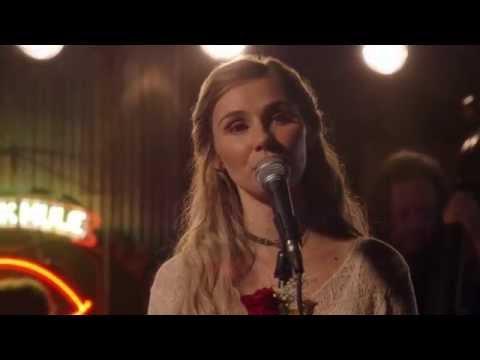 Clare Bowen (Scarlett) Sings