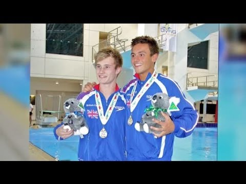 Tom Daley Reveals He Is Dating A Man | Splash News TV | Splash News TV