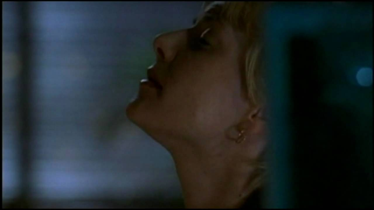 Amanda Tapping Downblouse scenes with amanda tapping - the haunting of lisa (1996)