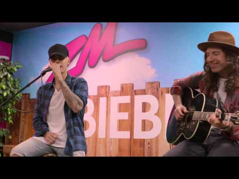"""Justin Bieber Performs """"What Do You Mean"""" Live & Acoustic at #ZMBieberQ"""