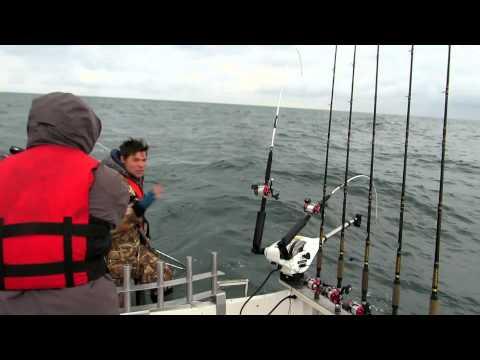 как ловить лосося на море