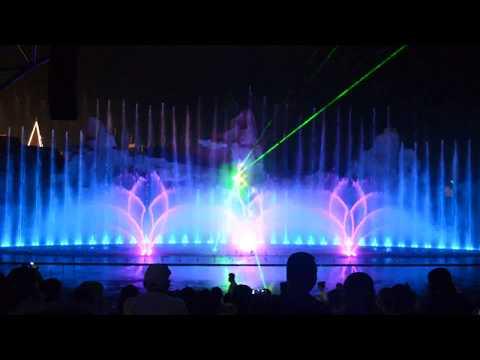 Matvei Blanter: Katyusha - Biểu diễn nhạc nước Vinpearl Nha Trang 2017