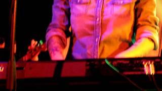 "19/23 Tegan & Sara - Sentimental Tune + ""I Don"