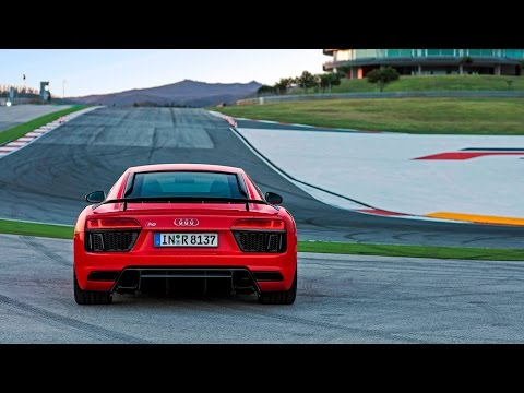 We Test Drove Audi's New R8 Supercar, and It's Insane