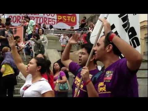 Energy filled chants! Brazil-Quebec solidarity during the Civil Society march on June 20th in Rio