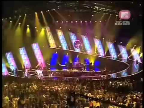 UFO Sneaky Sound System MTV Awards 2007 with roller skaters