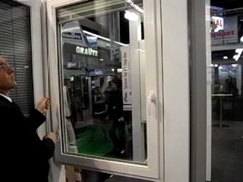 fenster mit innen liegender jalousie youtube. Black Bedroom Furniture Sets. Home Design Ideas