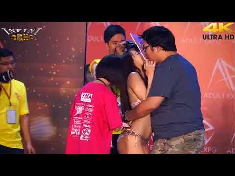 Japanese AV Stars Meeting Kiss With Fans