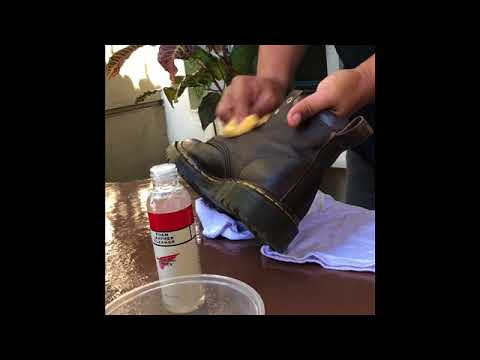 How to clean Dr.Martens boot correctly