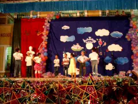 Màn biểu diễn thời trang của các em nhỏ nhà trẻ Hy Vọng ( Hà Tây)- 948