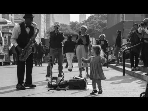 Frank Sinatra – New York, New York 1977 (Official LYRICS)