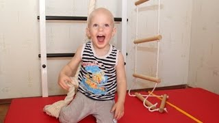 Шведская стенка для детей. Детская шведская стенка в квартиру(Шведская стенка для детей с доставкой по всей России и по всему миру! Заказать можно здесь: http://shvedsteno4ka.ru..., 2015-10-11T13:26:09.000Z)
