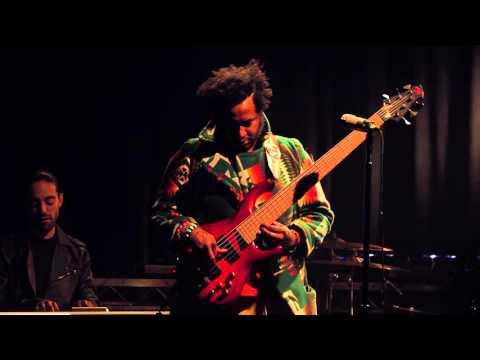 Thundercat - Live Performance in Echoplex
