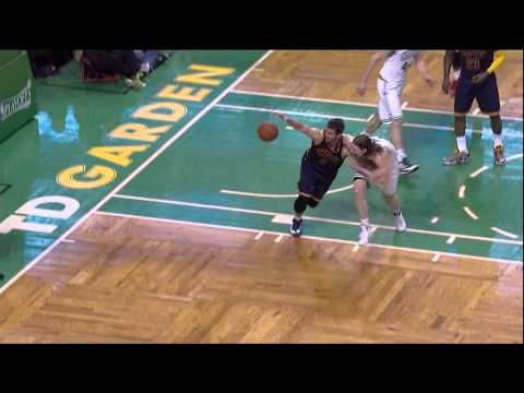 Kevin Love left shoulder injury Kelly Olynyk: Cleveland Cavaliers at Boston Celtics Game 4