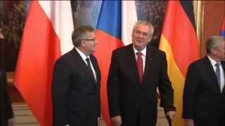 Zeman Backs 'Finlandization' of Ukraine: Czech President slammed for pro-Russian stance