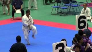 型 35歳以上男子(16名) 優勝者 予選型 http://kyokushin-shiga.com/?p=921.
