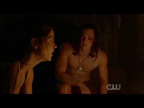 The 100 - Ilian and Octavia find shelter talk and make out 4x07