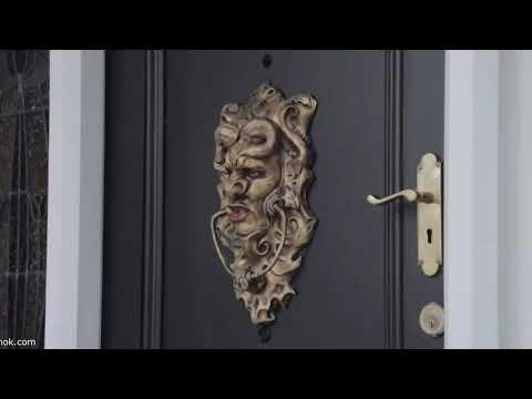 Необычная дверь  Прикол