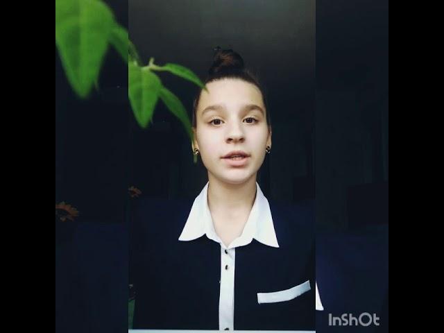 Изображение предпросмотра прочтения – ОльгаКузьмина читает произведение «Деревенская избенка» С.А.Есенина