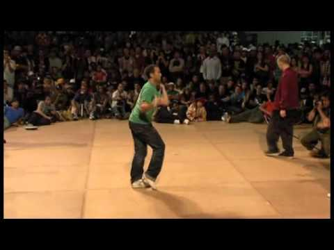 IBE 2009 Salah & friends vs Bionic Celebration (Popping Battle) (Part 1/5)