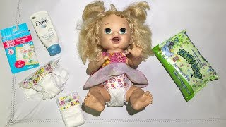 BABY ALIVE TROCA FRALDA NO SHOPPING - PLAYNG DOLL BABY ALIVE - CLUBINHO DA LAURA
